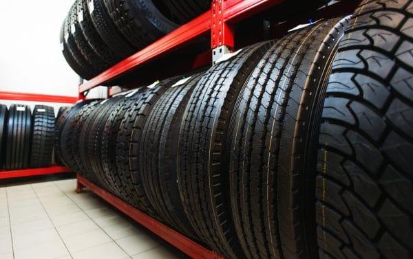 Хранение шин на складе фото
